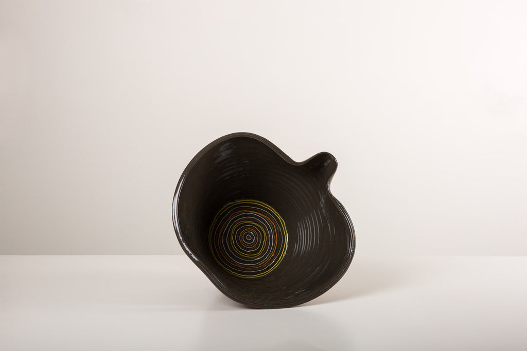 Medium Black Pouring Bowl - circles