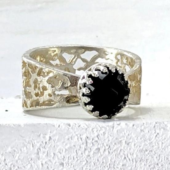 Regal ring - medium silver