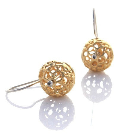 Small Lace Pod Gold earrings