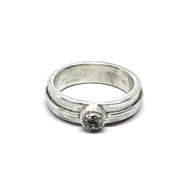 Ridged Gem ring