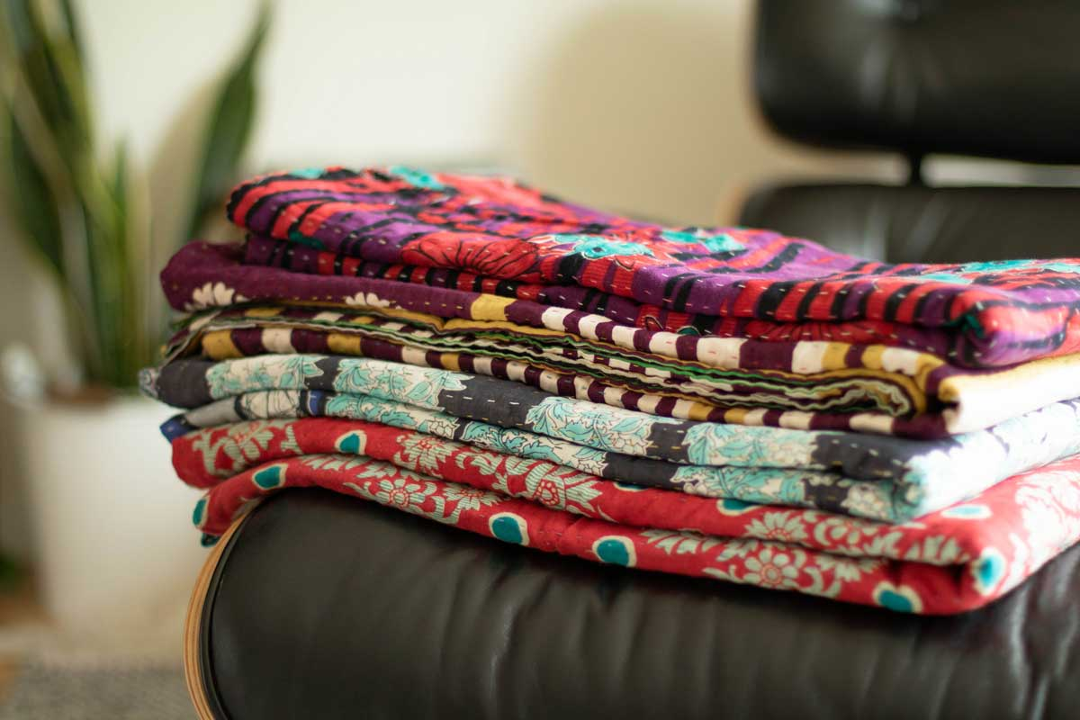 How Do I Choose Style A Throw Blanket Top Tips From A Design Expert Dignify