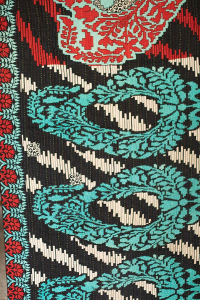 Mary Kantha Throw