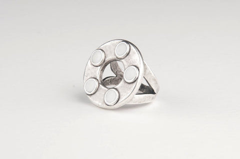 Circle Enamel Dots Ring (White)