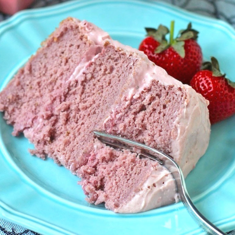 Strawberry Cake - Gina's Gourmet Pantry