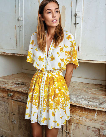 Alexis Etta Short Dress w/Adjustable Cape in Yellow Floral