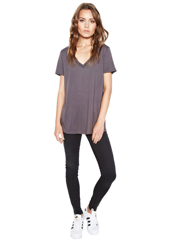 Michael Lauren Apollo V-Neck Tee in Coal - SWANK - Tops