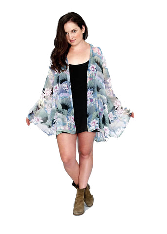 Show Me Your Mumu Beaux Kimono in Water Lily