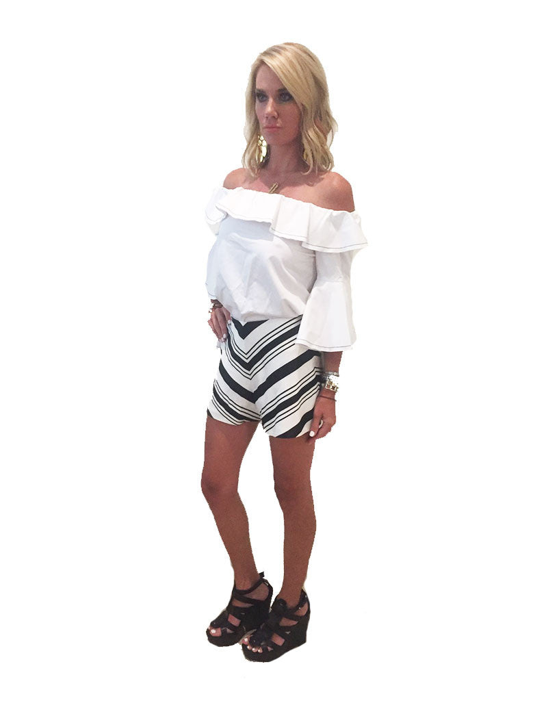 Alexis Carrie Shorts in Black/White - SWANK - Shorts - 5
