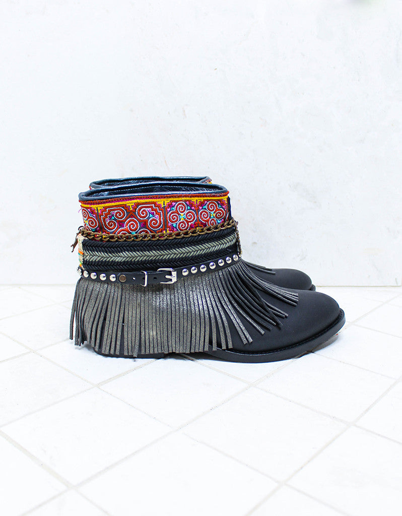 Custom Made Boho Boots in Black | SIZE 41 - SWANK - Shoes - 1