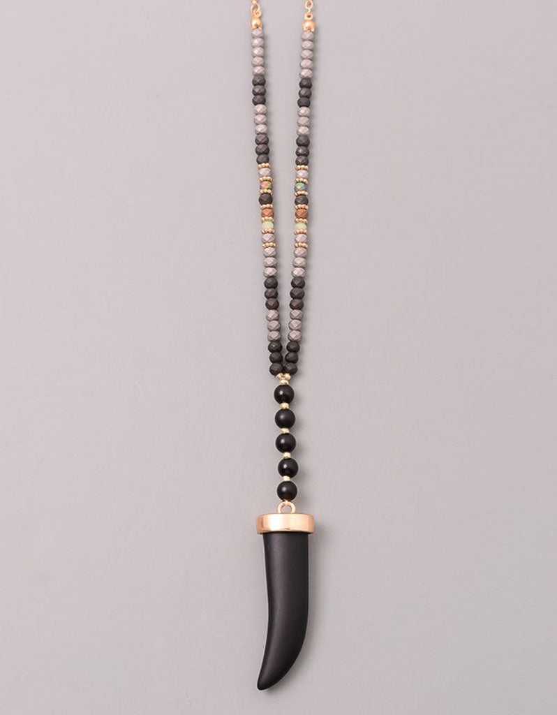 Gwyneth Beaded Horn Necklace in Black