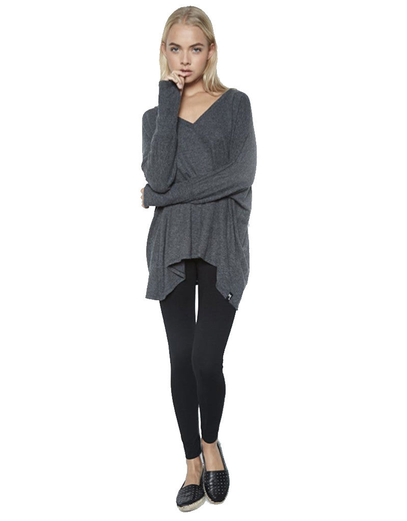 Michael Lauren Harman Oversized V-Neck Pullover w/Thumbholes in Black - SWANK - Tops - 1