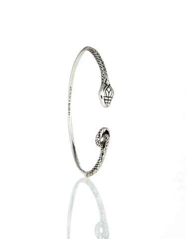 Jenny Bird Kundali Queen Bangle in Silver