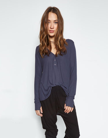 Michael Lauren Kobe V-Neck Henley w/Tail in Ashnight