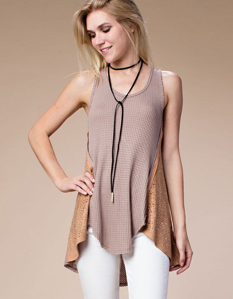 Nicole Tank Top with Contrast Detailing in Mocha