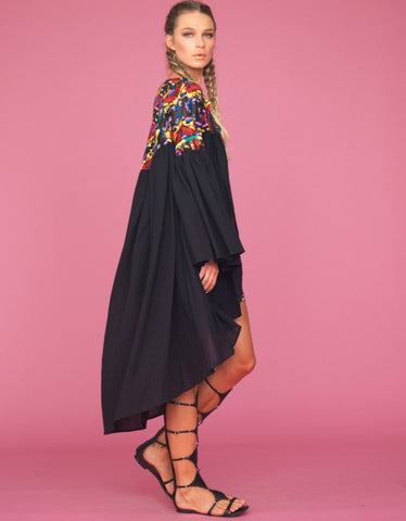 Tete by Odette Embroidered Cape