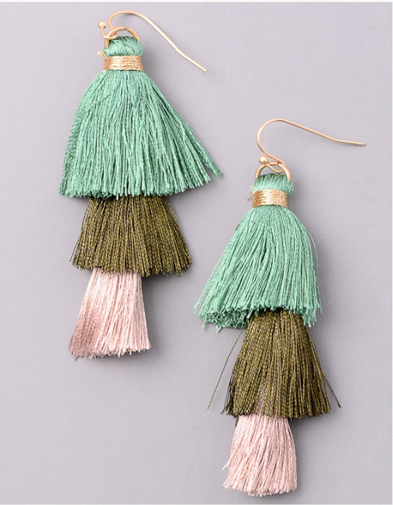 VINTAGE-SNOOT-TIERED-TASSEL-EARRINGS-GREEN