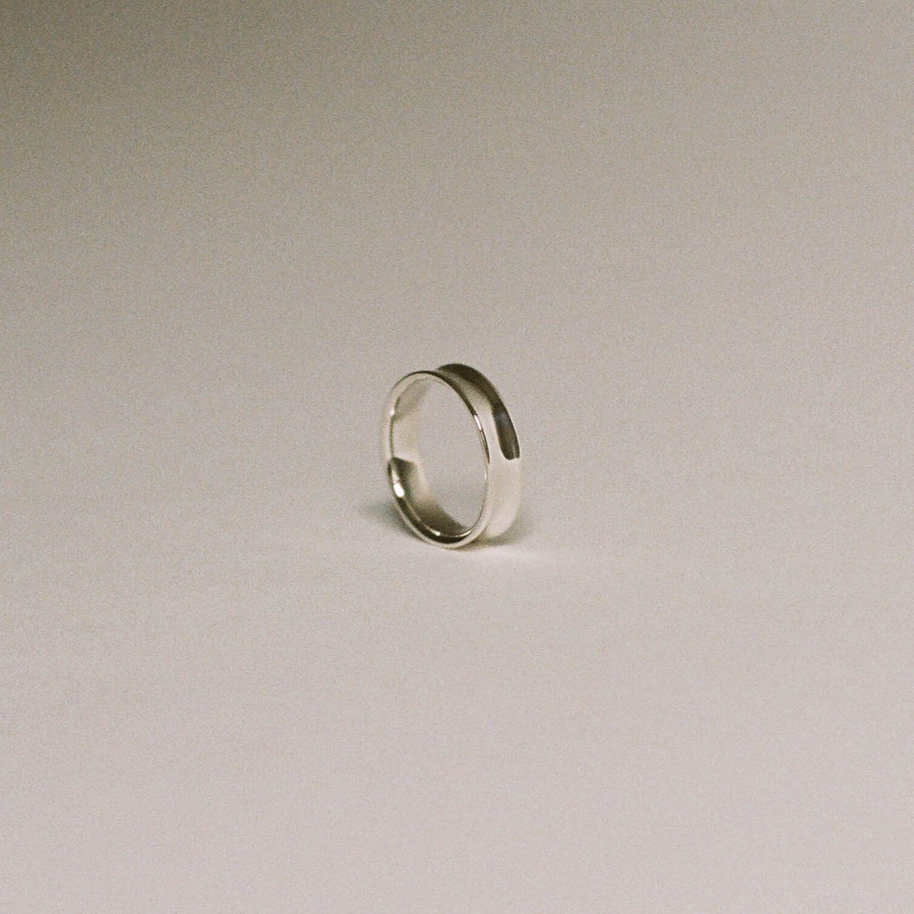 Thin Concave Band Ring
