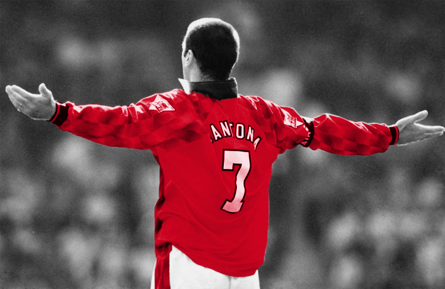 eric-cantona-arms-outstretched