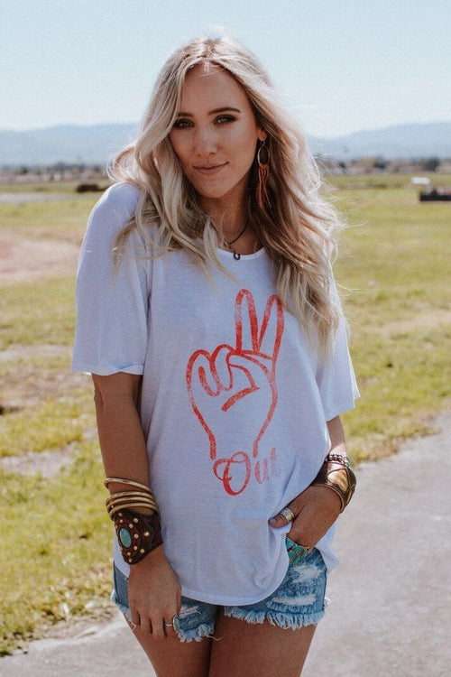 Peace out graphic tees Three Bird Nest