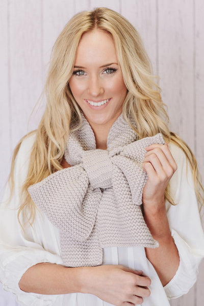 Oversized Knitted Bow Scarf in Latte