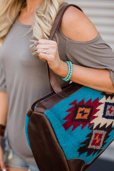 Patterned Southwestern Oversized Handbag Detail Image