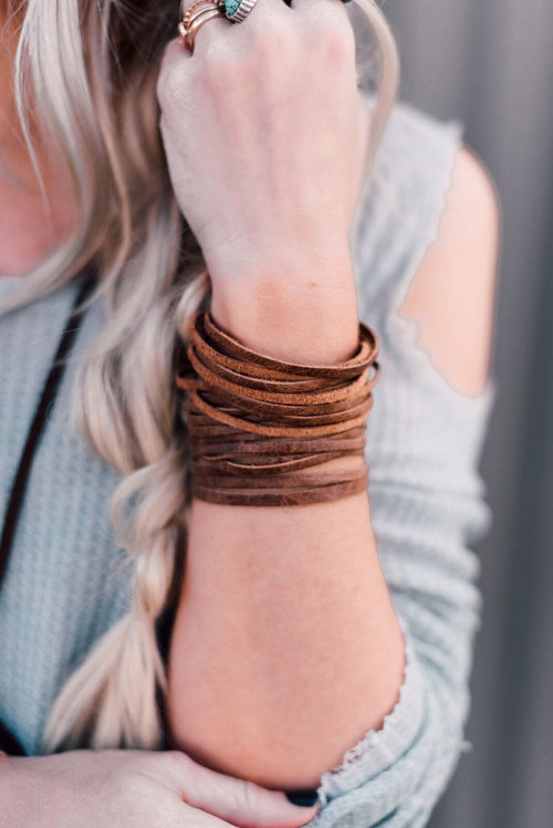 Sliced Wide Leather Cuff - Brown