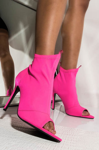 CAPE ROBBIN BOUNCY FORGET TO FORGET PEEP TOE STILETTO BOOTIES