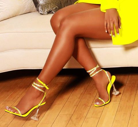 Cape Robbin OCTAVIA Ankle Strap Lime Yellow Open Toe Pyramid Heel Sandals