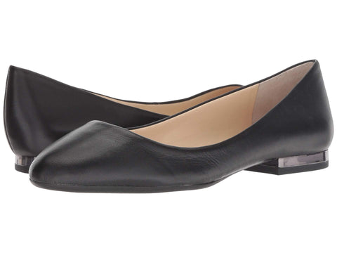 Jessica Simpson  Women's Ginly Flat Slip-on Shoe BLACK