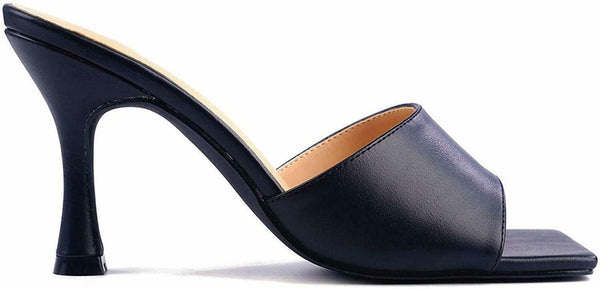 CAPE ROBBIN TOWN SQUARE ON YOUR KNEES HEEL SANDAL SQUARE TOE MULE BLACK
