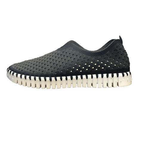 ILSE JACOBSEN Women's Tulip Light Weight Slip On Sneaker Black