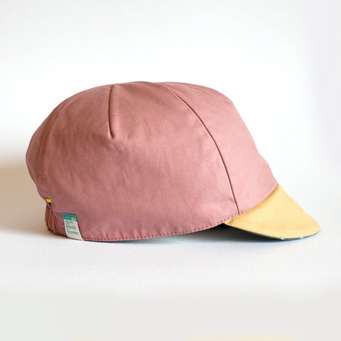 Mod.307 The Classic Reversible Cycling Cap in Lightweight Cotton in Green/Dusty Pink