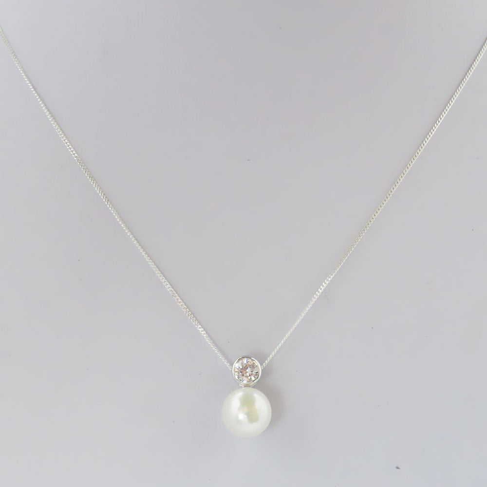 24c3b16bdb3148 Solitaire Pearl Pendant with Cubic Zirconia. Images / 1 / 2 / 3 / 4 / 5 / 6  ...