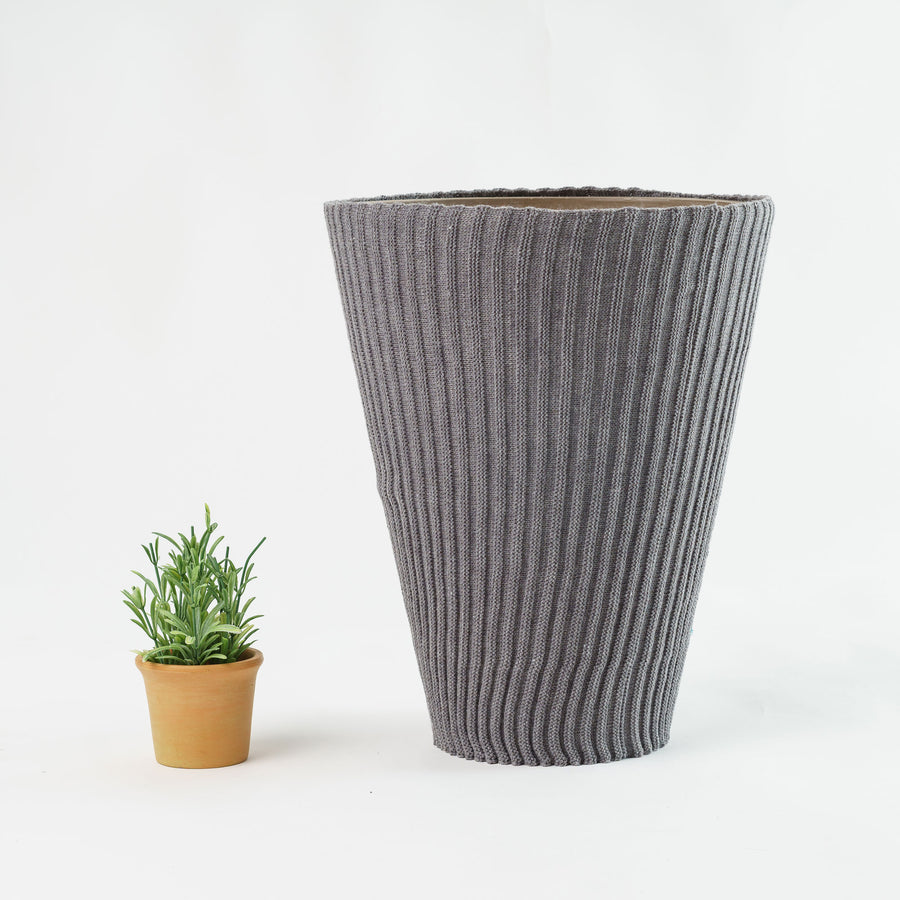 XL Rib Planter Sleeve