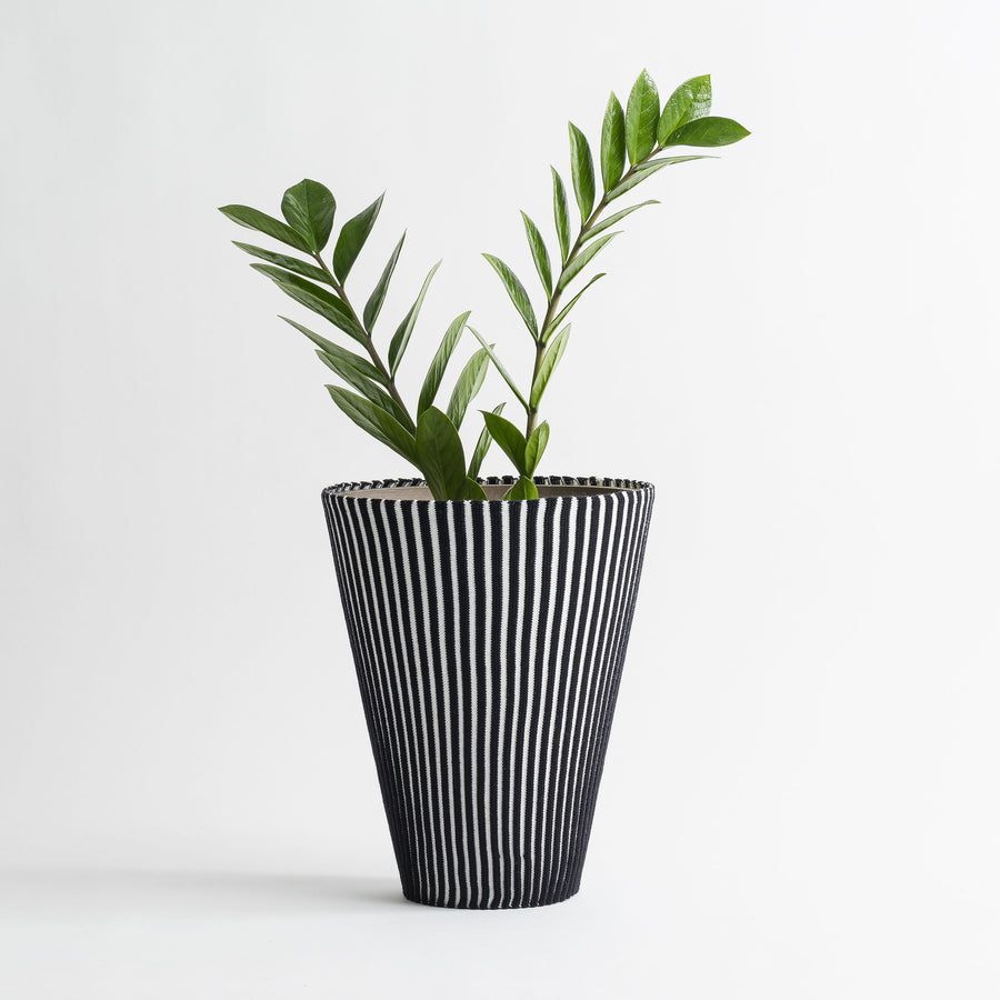 Black White | Rib Stripe Stretch Eco Planter Sleeve