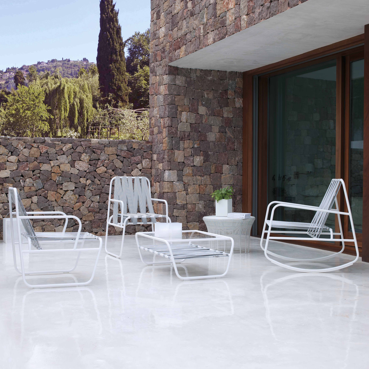 Modern Spanish furniture for the outdoors