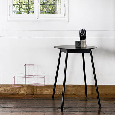 Modern dining tables sold online by Abitalia South Coast