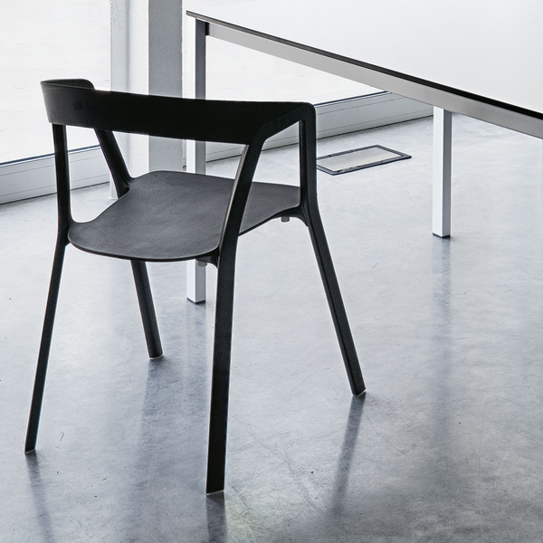 Commas Chair by Kristalia. Designer tables and chairs made in Italy available from Abitalia South Coast