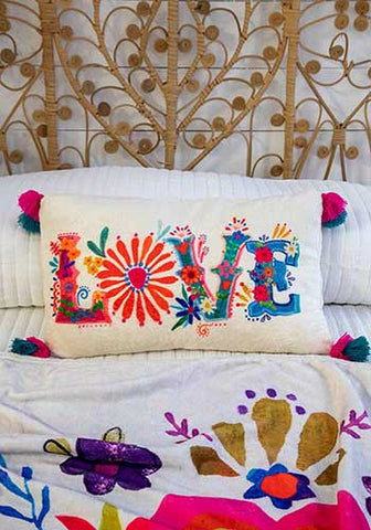Love Cozy Pillow