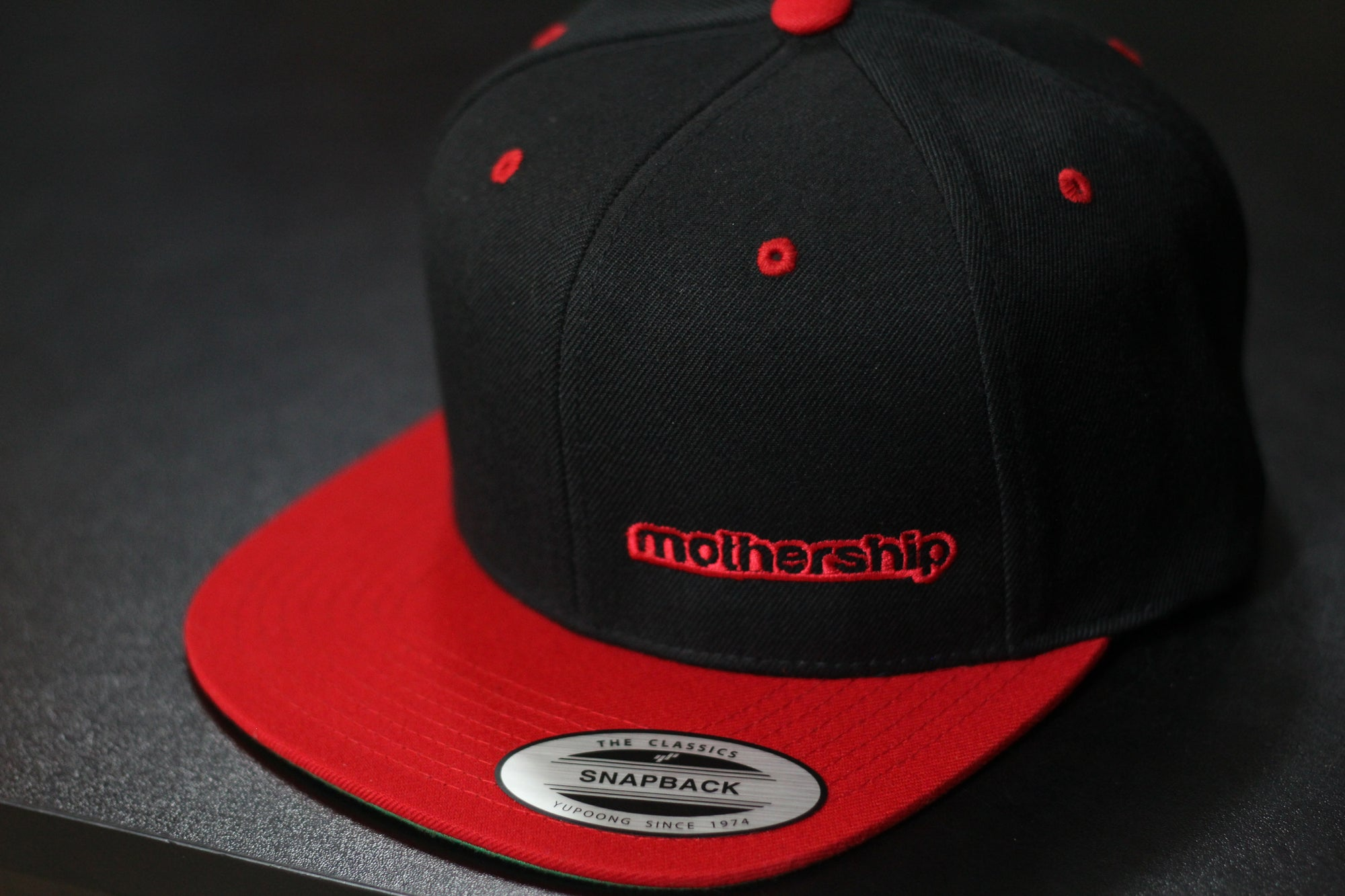 Mothership Two Tone Snapback Red Black - Mothership