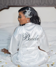 Load image into Gallery viewer, Bride Robe