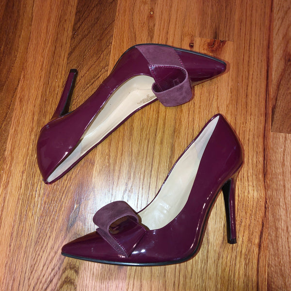 Audrey Brooke Purple Burgundy Bow Heel 6