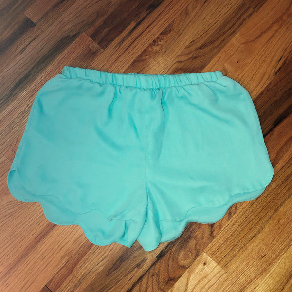 Small LA Hearts Scalloped Mint Shorts