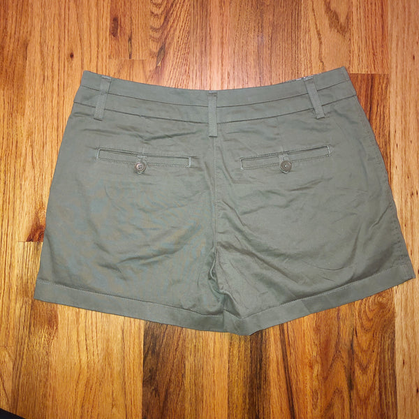 Cambridge Dry Goods 2 Khaki green Shorts