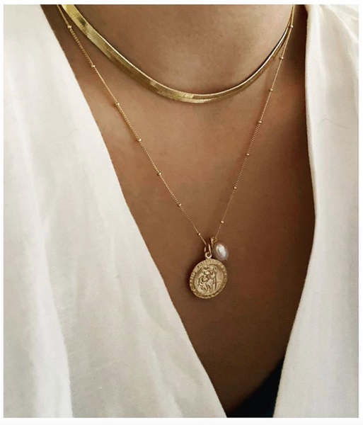 Jada St Christopher and Pearl necklace - Gold, Silver >>