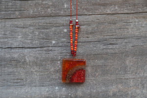 Hu Pendant Necklace in Red