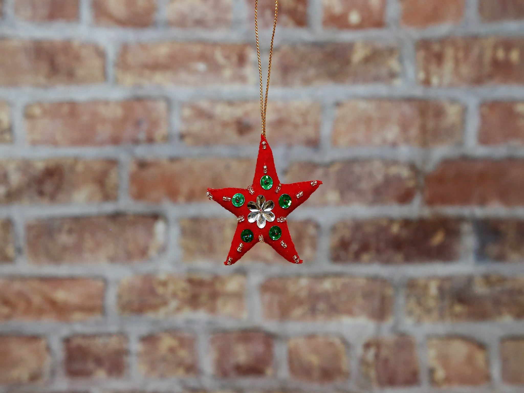Star with sequins red'L'