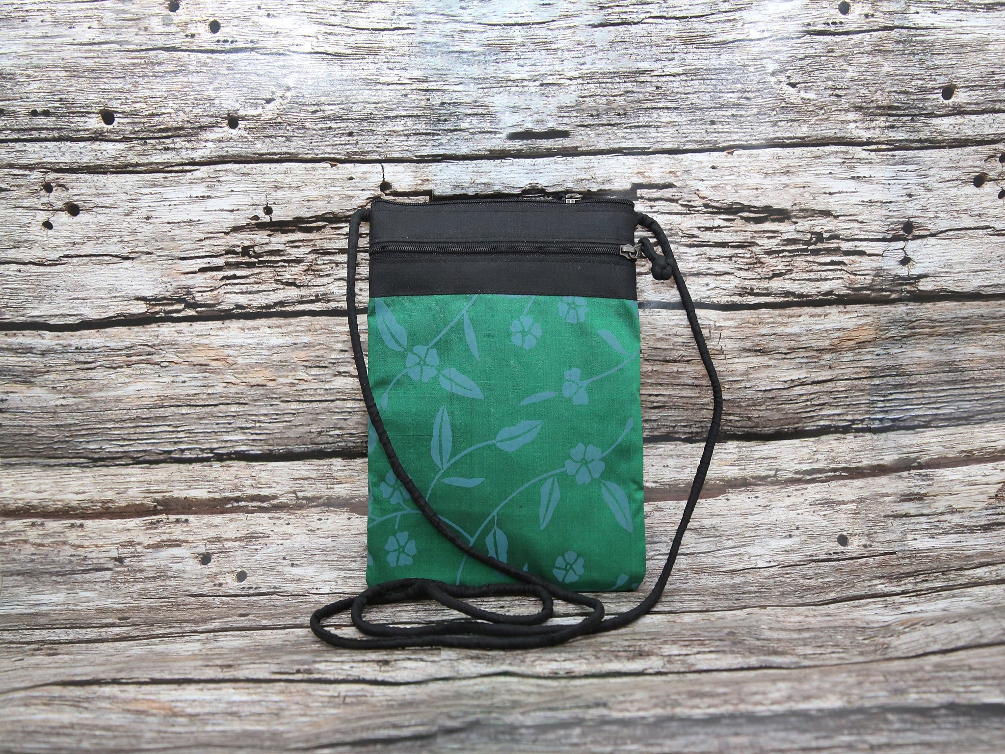 Passport Holder Green