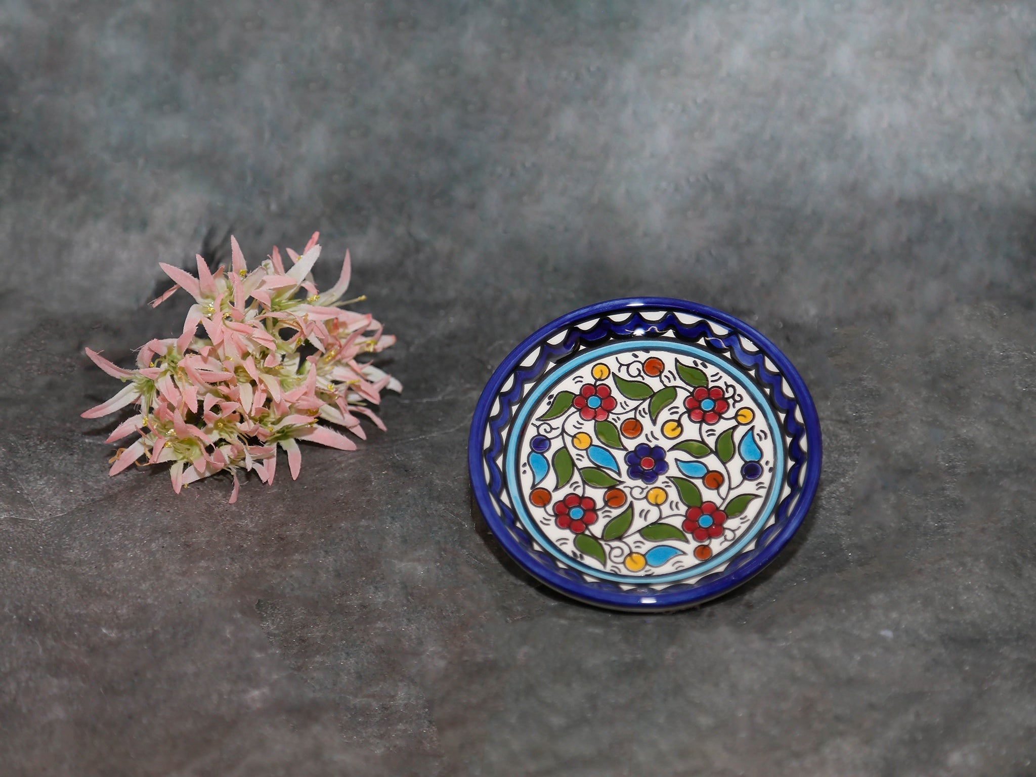 Bowl with flowers