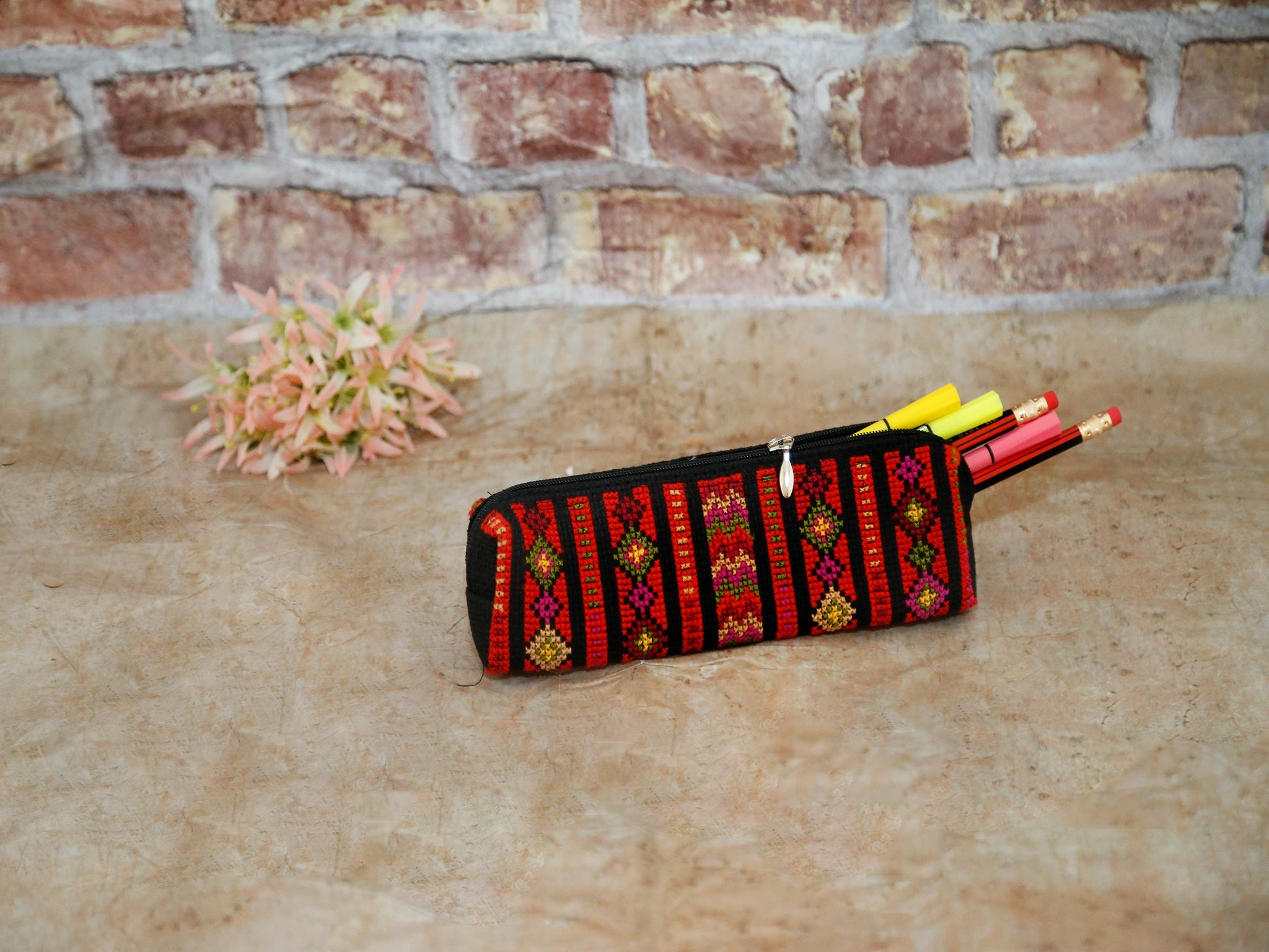 Idna Pencil case(red)